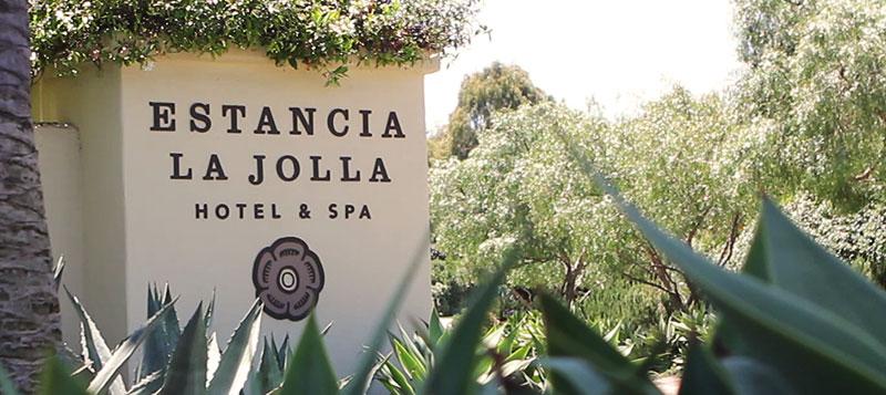 Estanica Hotel Entrance