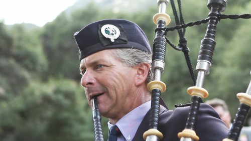 Scottish Wedding Bag Piper