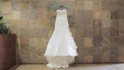 Wedding dress Hilton Torrey Pines