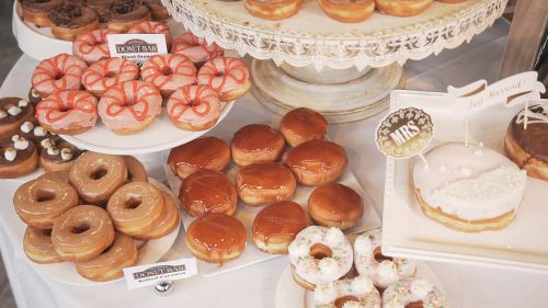 Doughnut wedding cake details