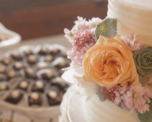 wedding cake detail shots