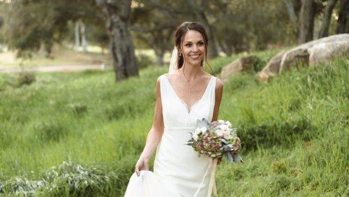 Bride at Bride and groom Mt Woodson Castle oak trees